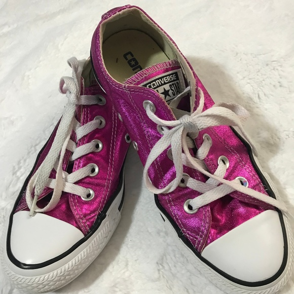 Converse Shoes | All Stars Bright Pink